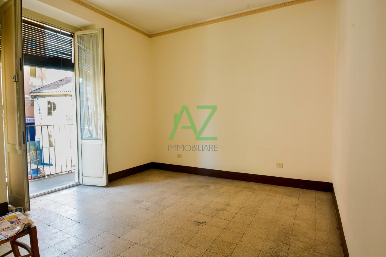 Appartamento da ristrutturare in vendita Rif. 8921004