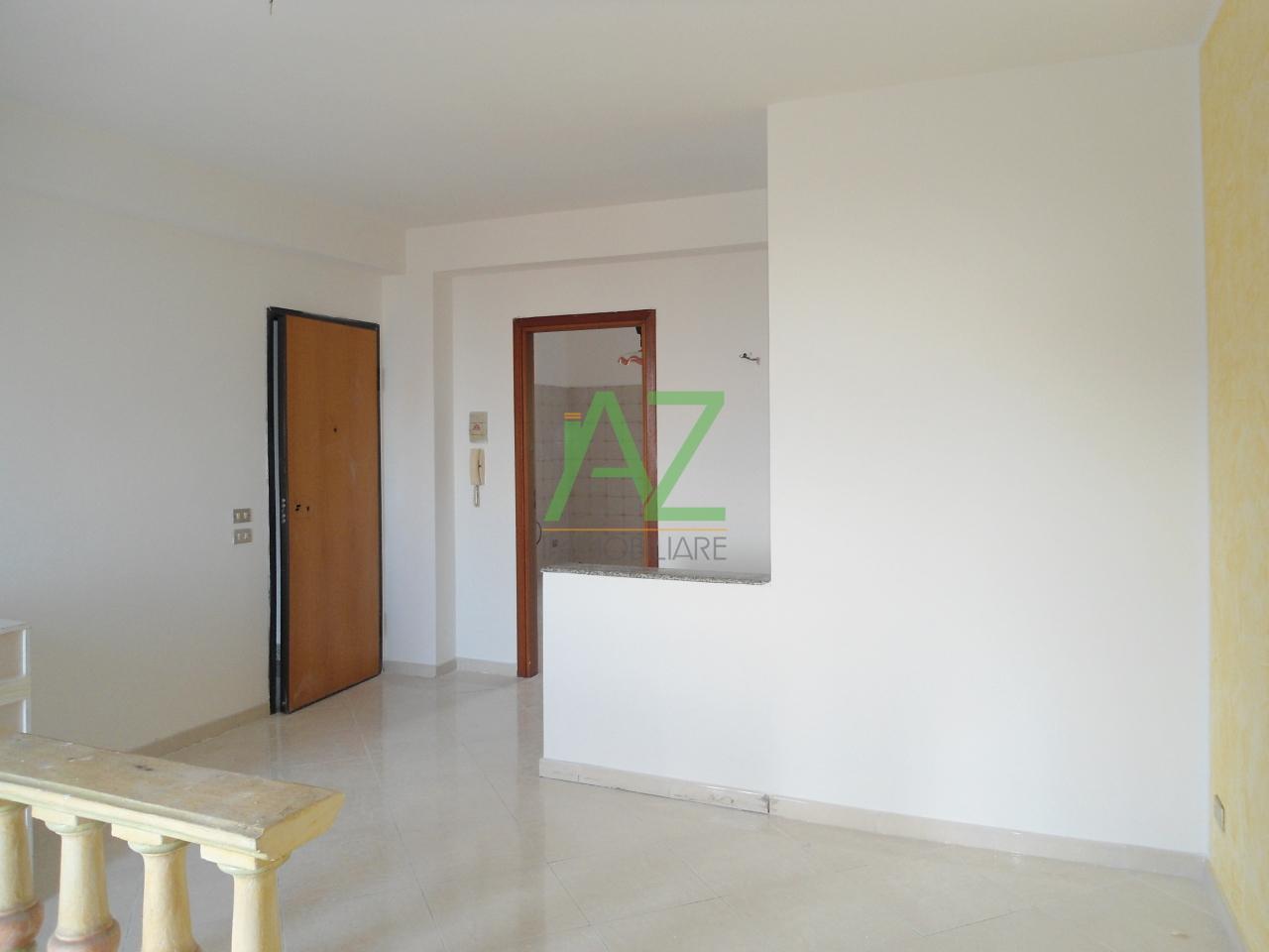 Appartamento in buone condizioni in vendita Rif. 10689482