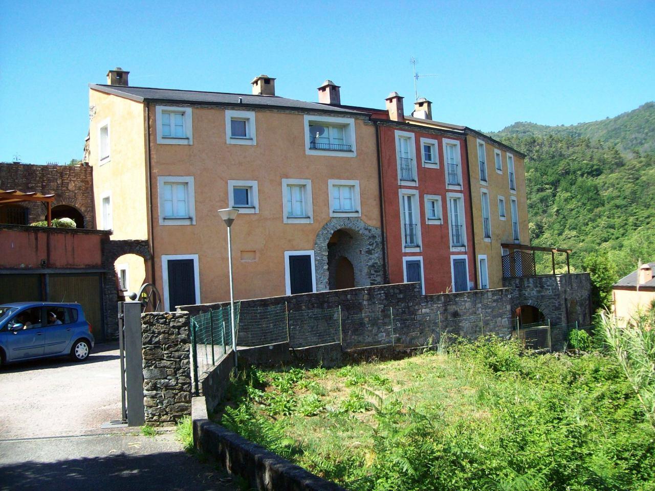 Appartamento in ottime condizioni arredato in vendita Rif. 4170907