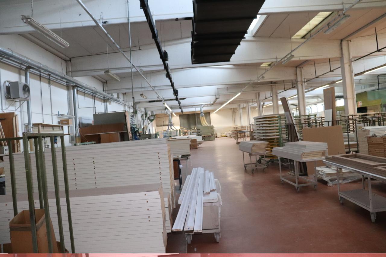 Capannone / Fondo - Industriale/Artigianale a Parma Frazioni - Delegazioni, Parma Rif. 9787100