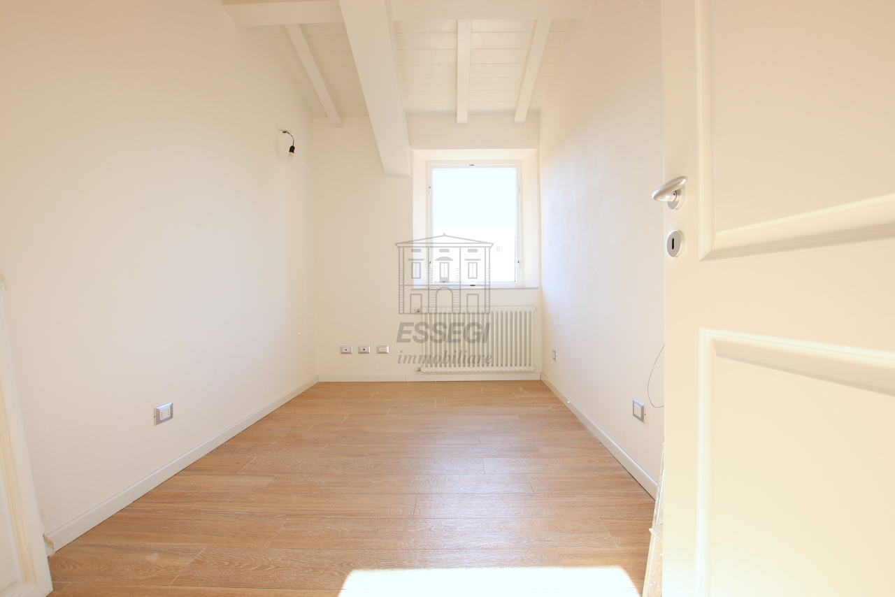Appartamento Lucca Centro storico IA01850-bis img 16