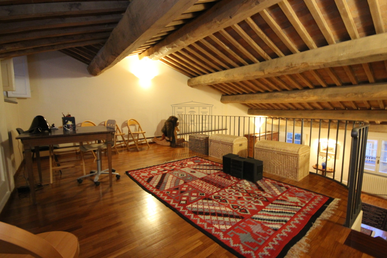 Appartamento Lucca Centro storico IA03230 img 9