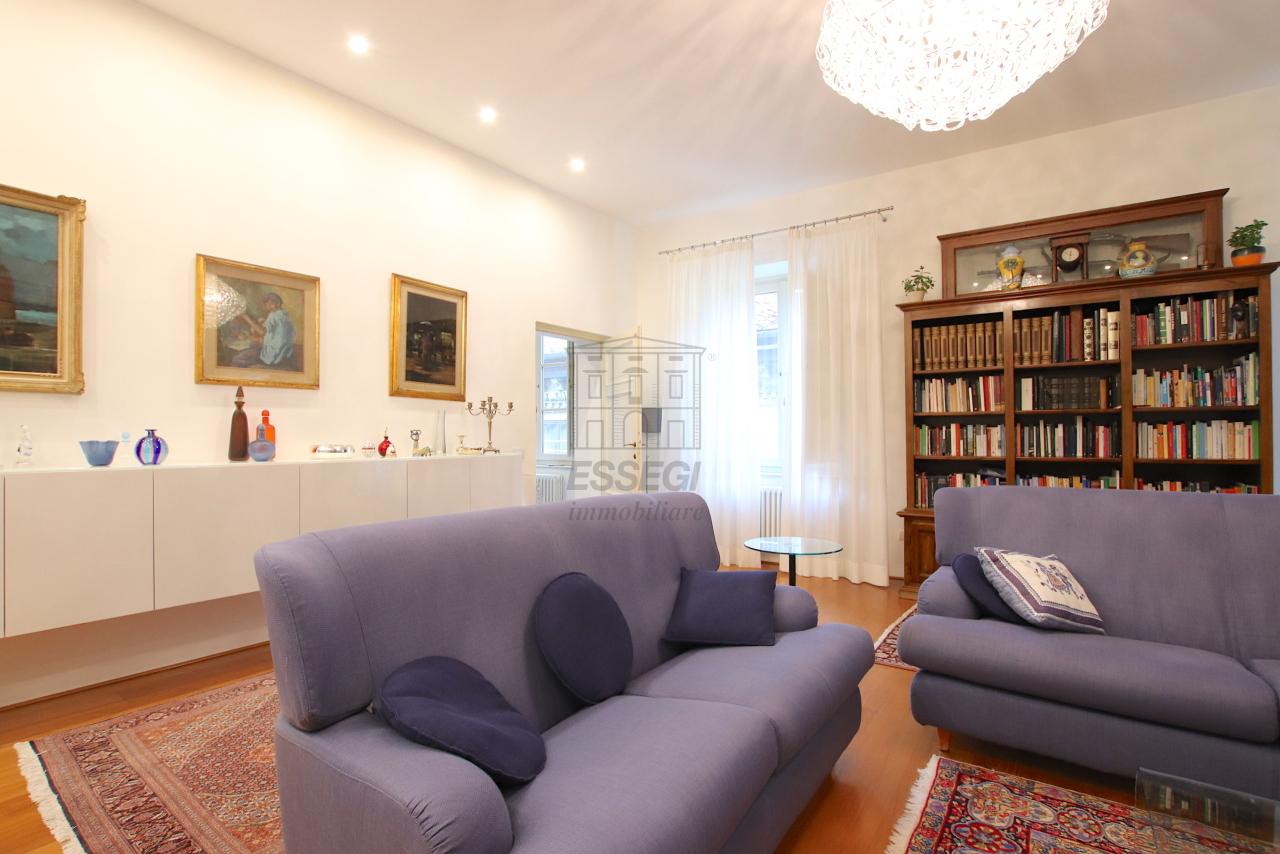 Appartamento Lucca Centro storico IA03474 img 8