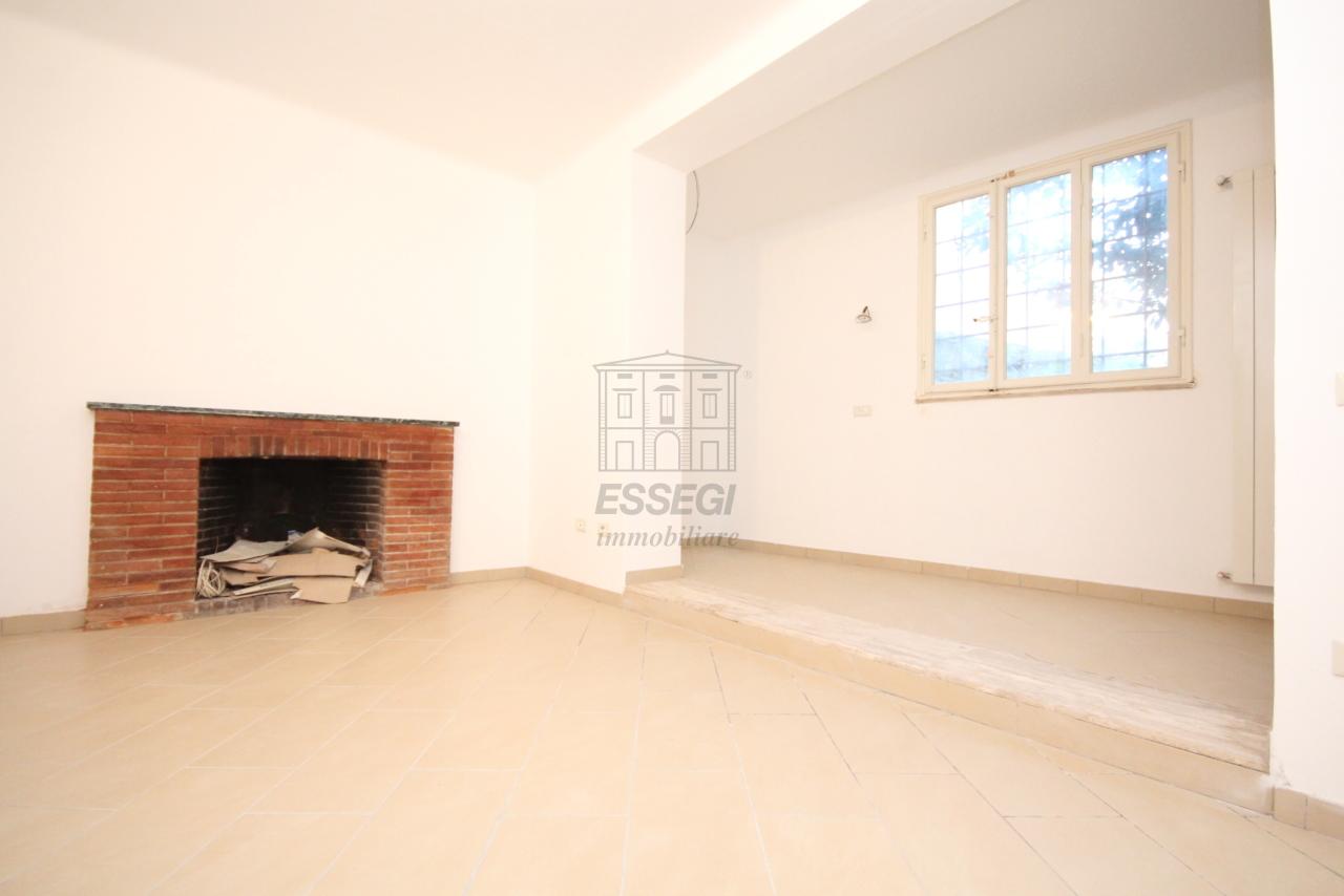 Appartamento Lucca Centro storico IA03397-bis img 10