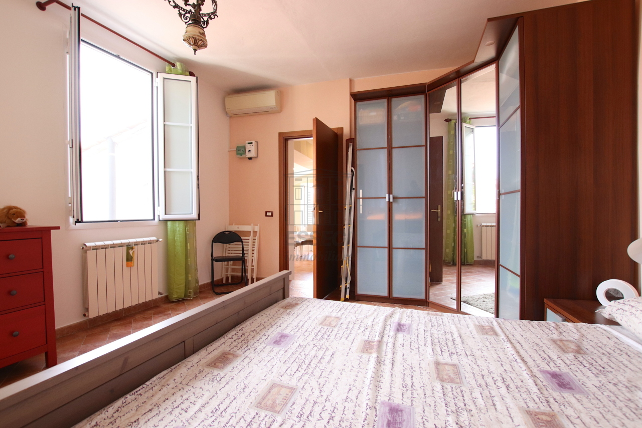 Appartamento Lucca Centro storico IA03545 img 23