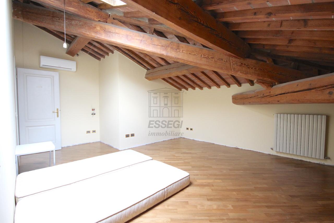 Appartamento Lucca Circonvallazione IA01661 img 21
