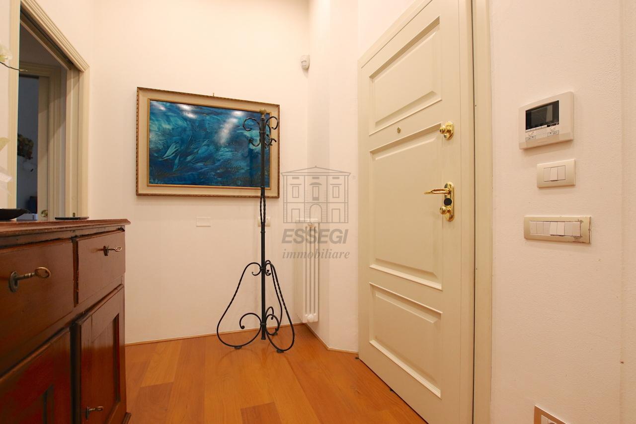 Appartamento Lucca Centro storico IA03474 img 32