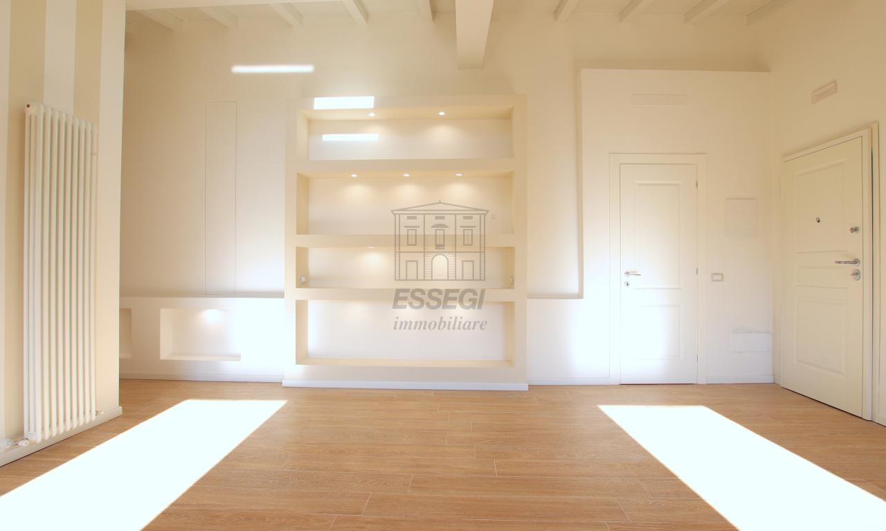 Appartamento Lucca Centro storico IA01850-bis img 12