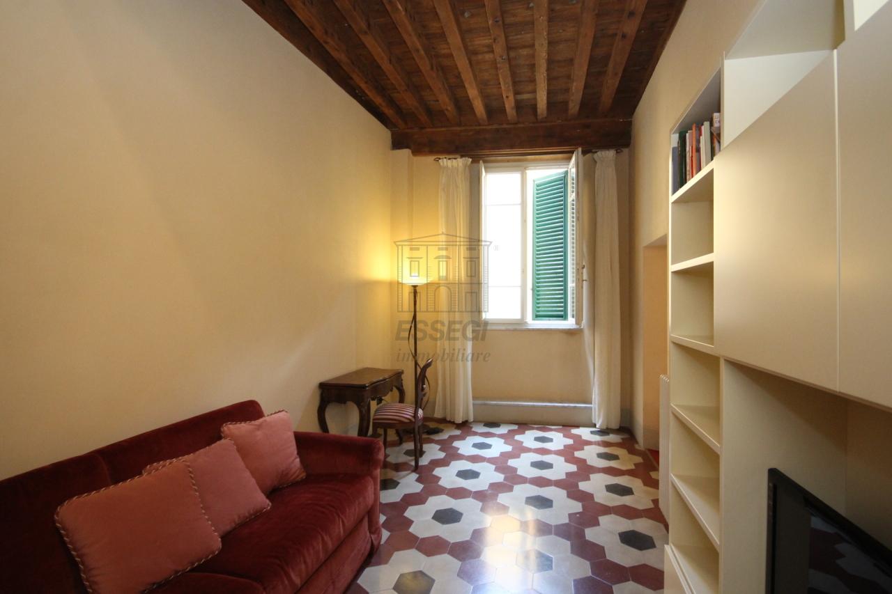 Appartamento Lucca Centro storico IA02785 img 8