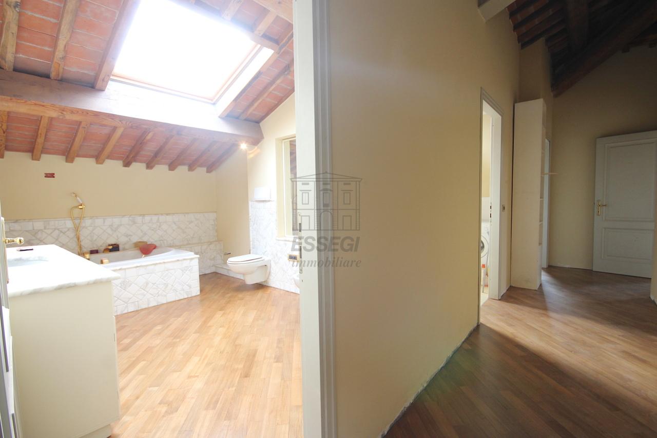 Appartamento Lucca Circonvallazione IA01661 img 27