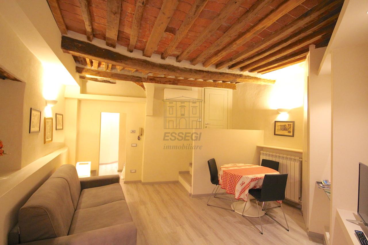 Appartamento Lucca Centro storico IA03481 img 5