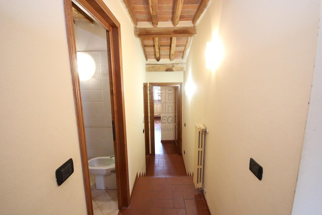 Appartamento Lucca Centro storico IA03483 img 5