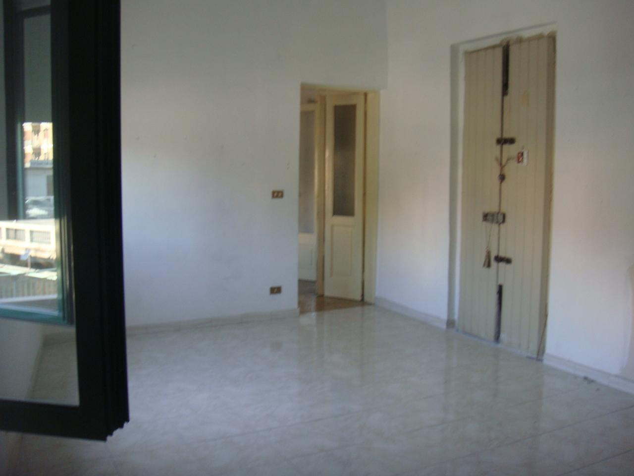 Appartamento in vendita a Reggio Calabria, 3 locali, prezzo € 120.000 | CambioCasa.it
