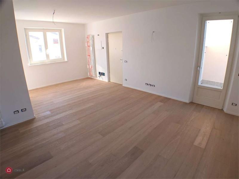 Appartamento in vendita a Fosdinovo, 4 locali, prezzo € 230.000   PortaleAgenzieImmobiliari.it