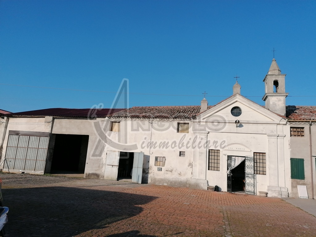 Capannone in vendita a Occhiobello, 1 locali, prezzo € 80.000 | CambioCasa.it