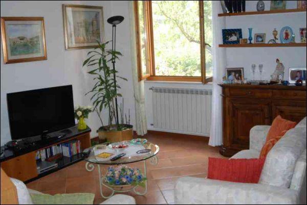 Casa Indipendente in ottime condizioni in vendita Rif. 8983306
