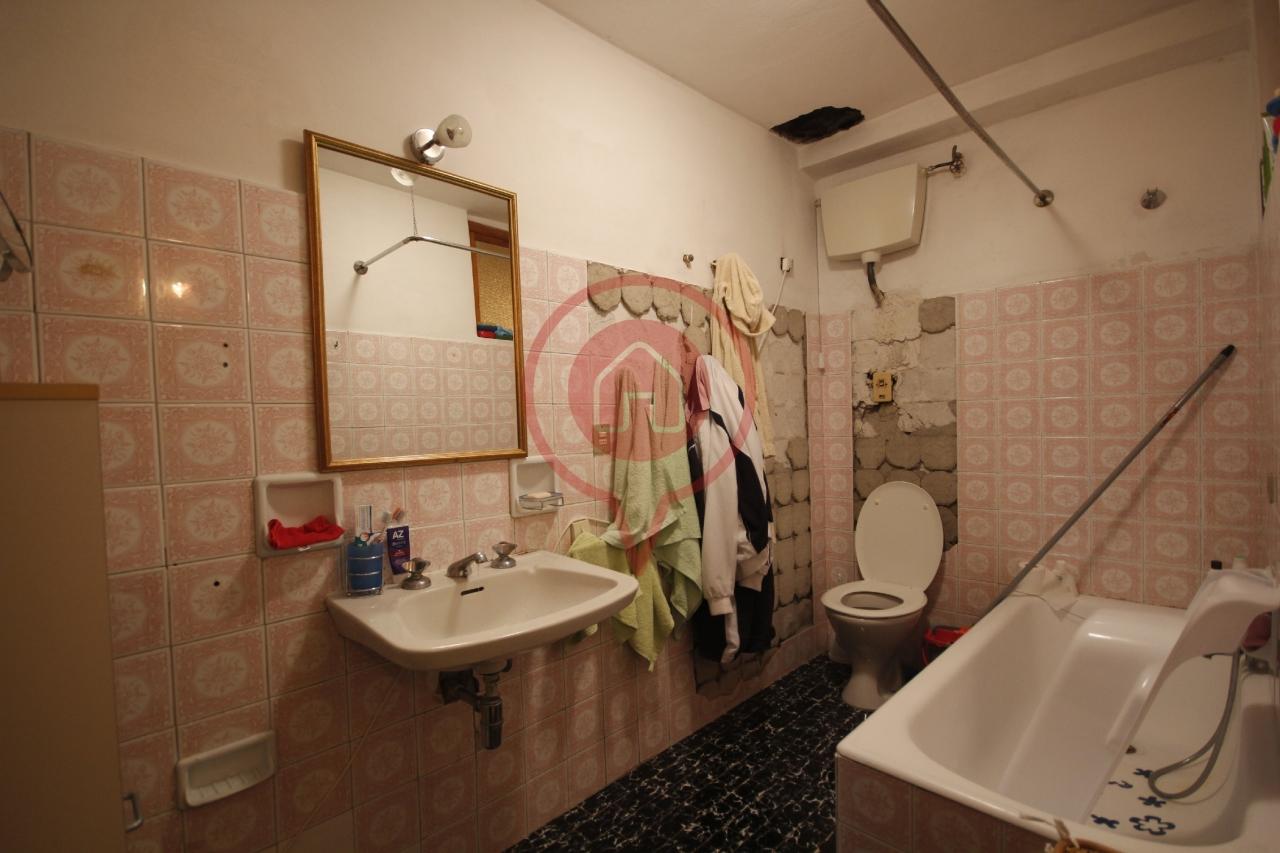 In Vendita Appartamento a Lucca