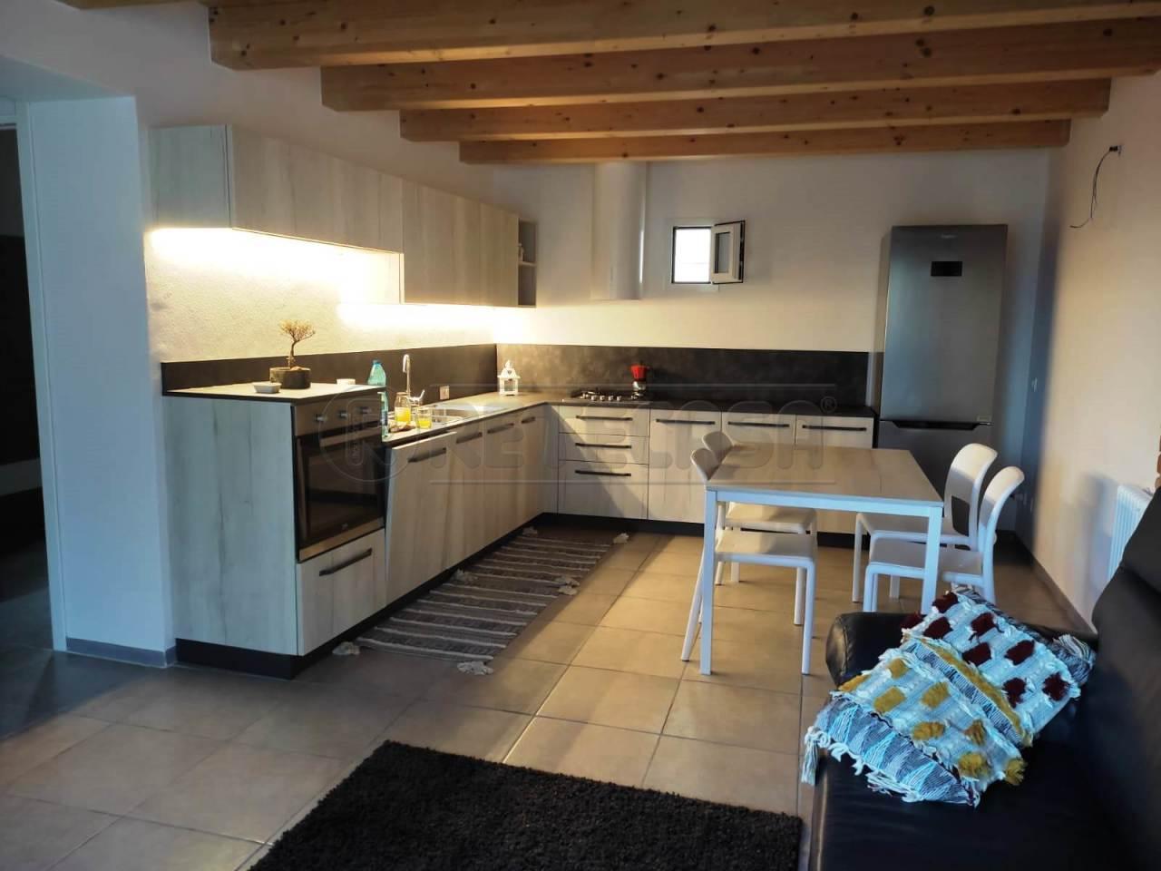 Soluzione Semindipendente in affitto a Montecchio Maggiore, 4 locali, prezzo € 600 | CambioCasa.it