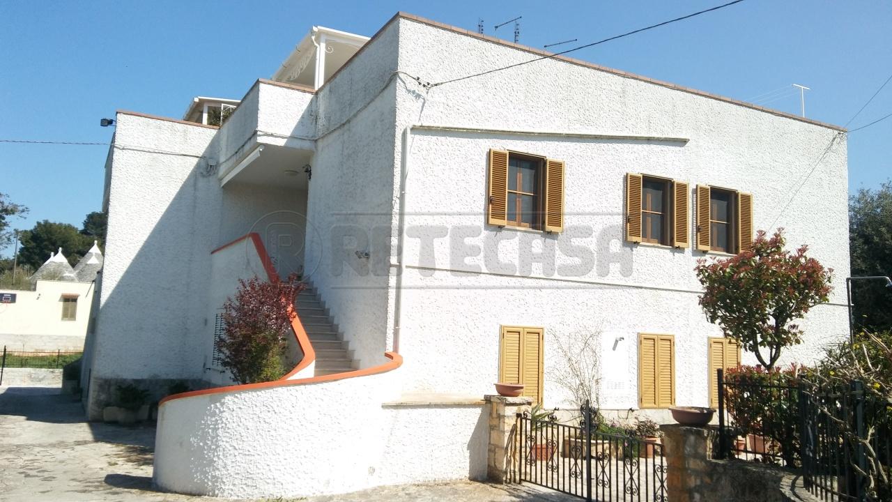 Villetta a schiera in buone condizioni in vendita Rif. 9889503