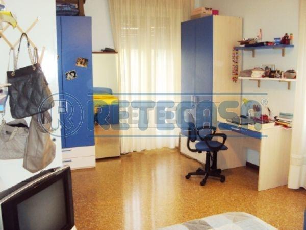 Appartamento in vendita a Pescara, 3 locali, prezzo € 80.000 | PortaleAgenzieImmobiliari.it