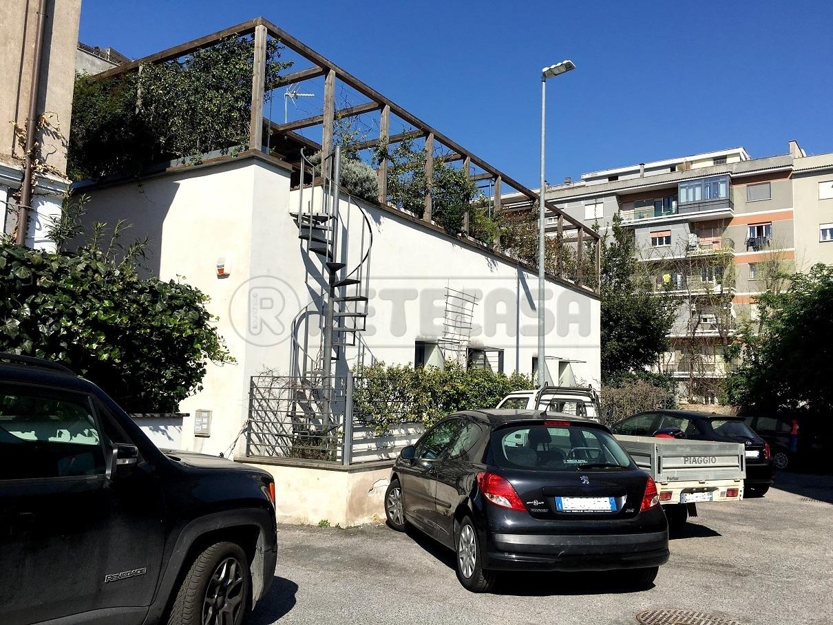Casa Indipendente ristrutturato arredato in vendita Rif. 9943945