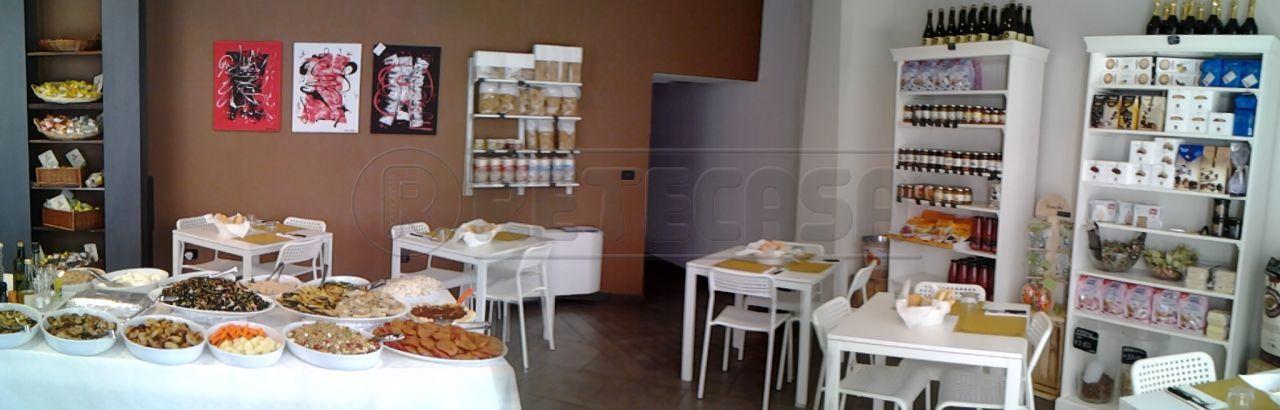 Attività commerciale - Gastronomia a Centro Storico, Mantova Rif. 4129445