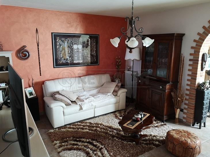 Villa in ottime condizioni in vendita Rif. 9706603