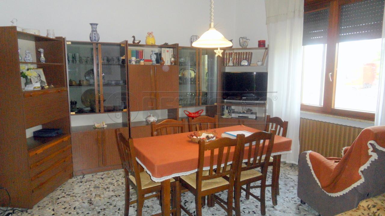 Casa Indipendente in buone condizioni in vendita Rif. 4129388