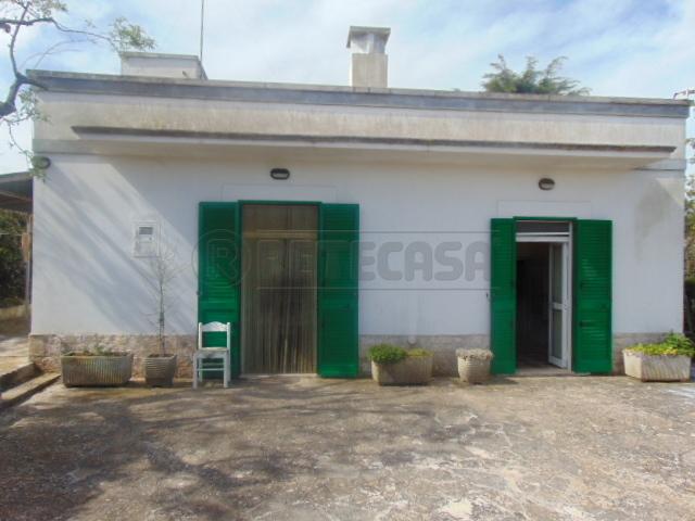 Villetta a schiera in buone condizioni in vendita Rif. 6066136