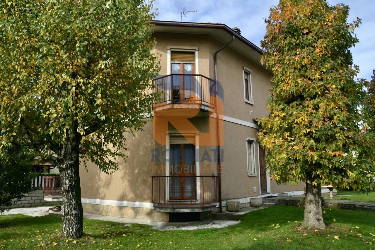 Villa in vendita a Dorno, 6 locali, prezzo € 195.000 | PortaleAgenzieImmobiliari.it