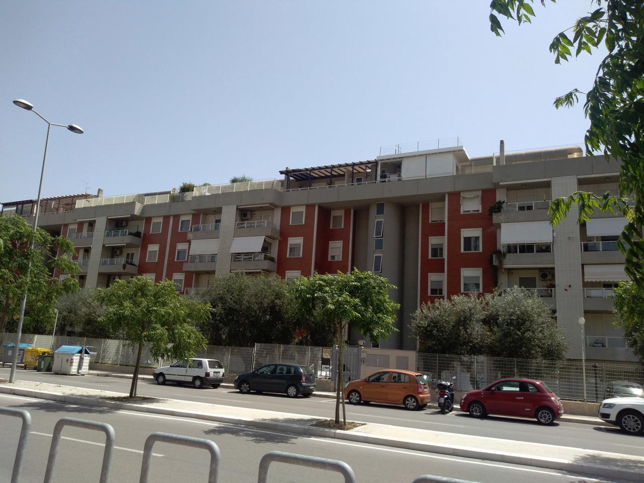 Appartamento in vendita a Bari, 7 locali, prezzo € 750.000 | PortaleAgenzieImmobiliari.it