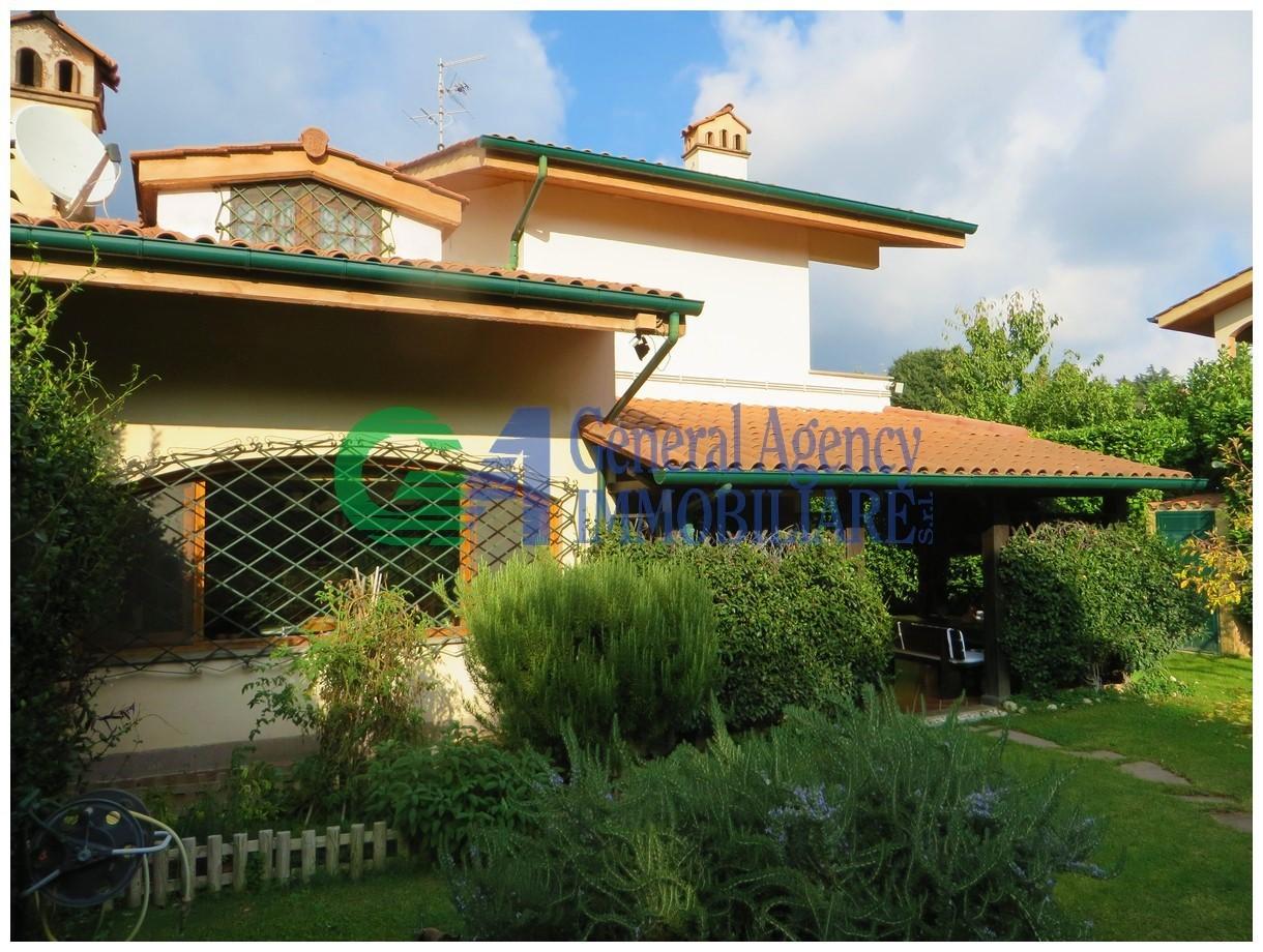 Villetta a schiera in ottime condizioni in vendita Rif. 8921011