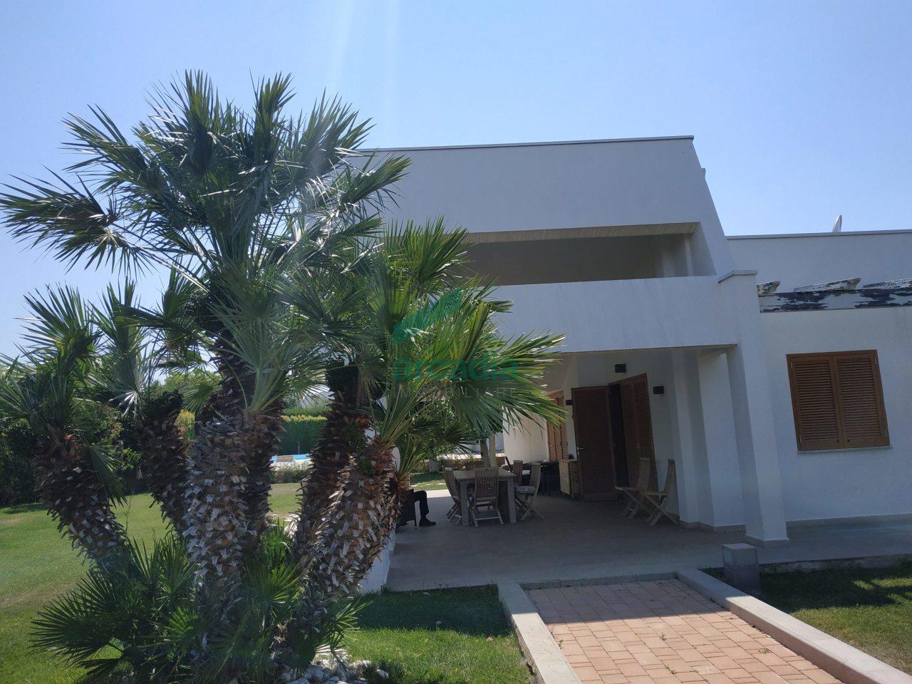 Villa in ottime condizioni in vendita Rif. 10756366