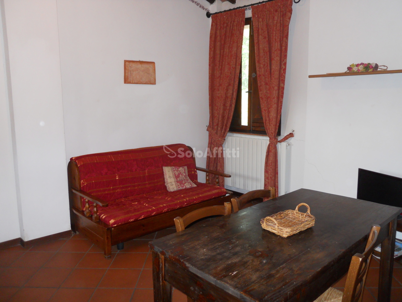 Bilocale in buone condizioni arredato in affitto Rif. 11418824