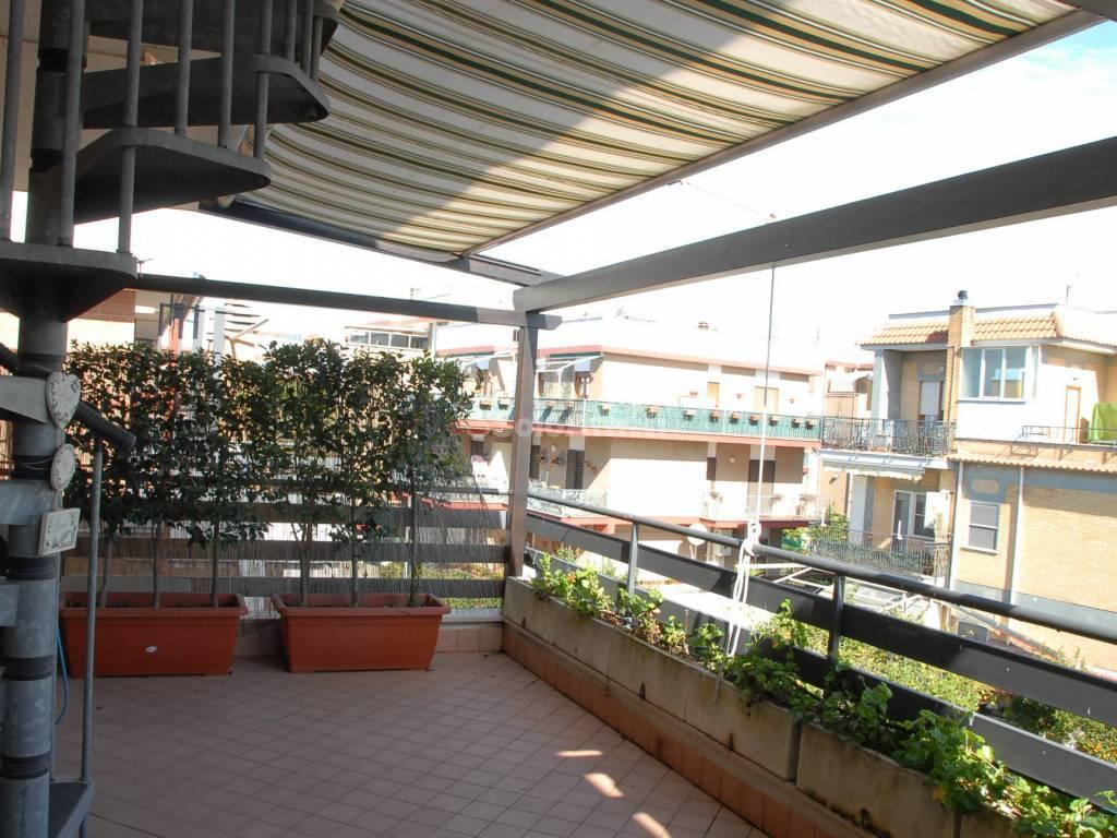 Attico / Mansarda in ottime condizioni in affitto Rif. 11974044