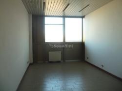 Ufficio in Affitto a Arezzo, zona Giotto, 230€, 25 m²