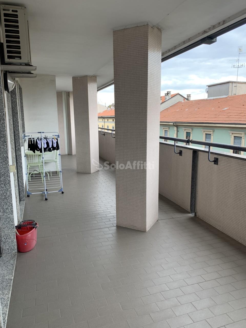 Appartamento in affitto a Novara, 3 locali, prezzo € 750 | CambioCasa.it