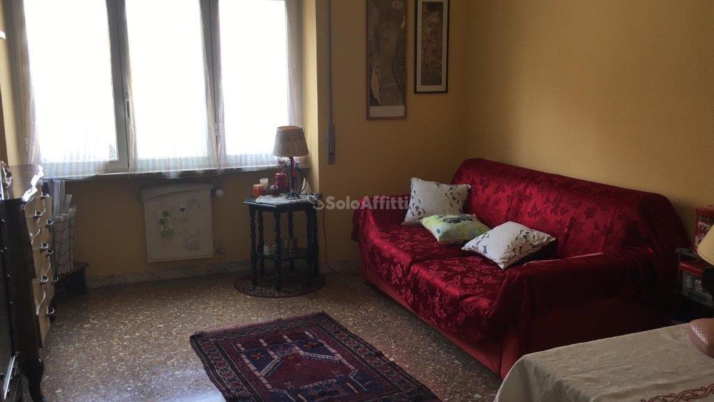 Stanza / posto letto in buone condizioni in affitto Rif. 9917742