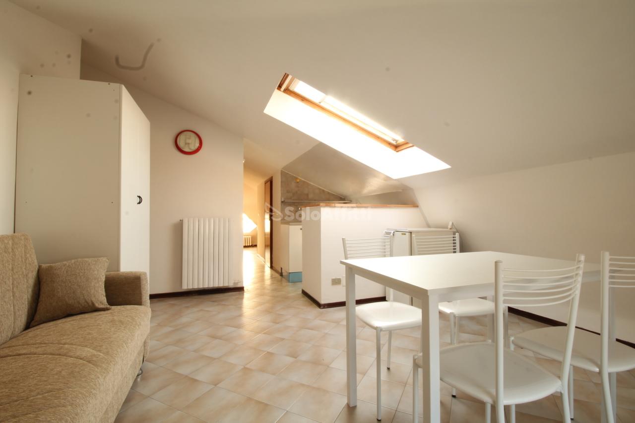 Appartamento in affitto a Ciriè, 1 locali, prezzo € 290 | PortaleAgenzieImmobiliari.it