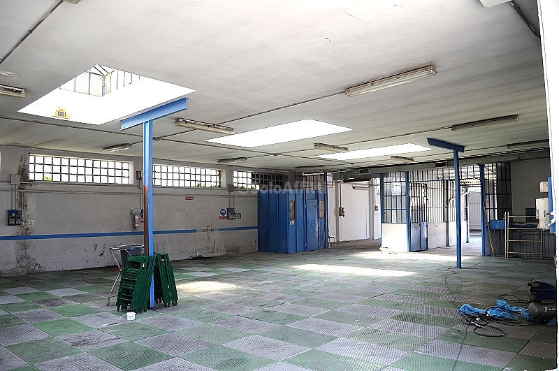 Capannone in affitto a Settimo Torinese, 4 locali, prezzo € 1.000 | PortaleAgenzieImmobiliari.it