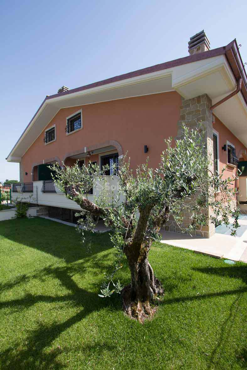 Villa A schiera 5 vani