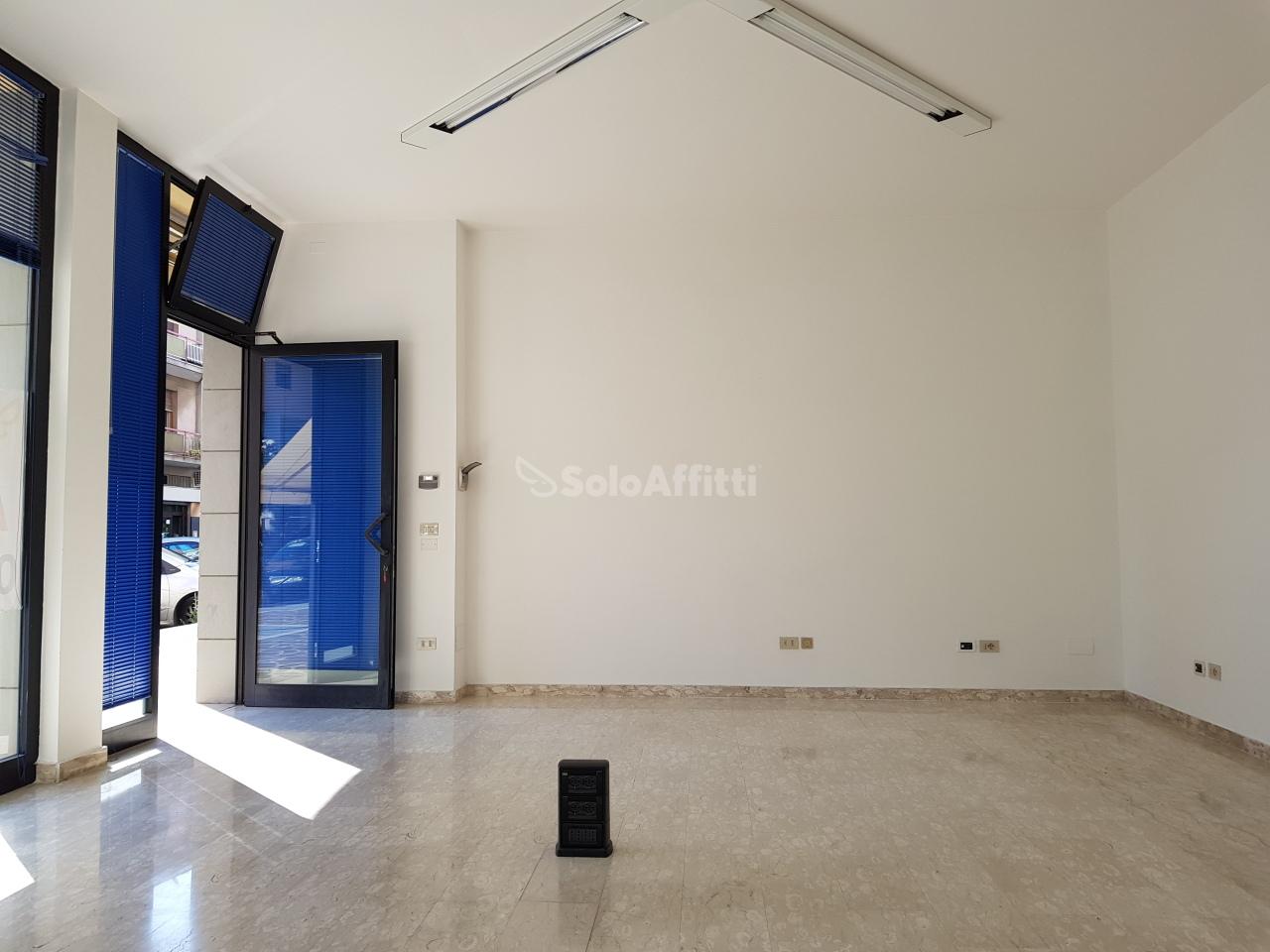 Ufficio - 3 locali a Centro, Montesilvano Rif. 10387625