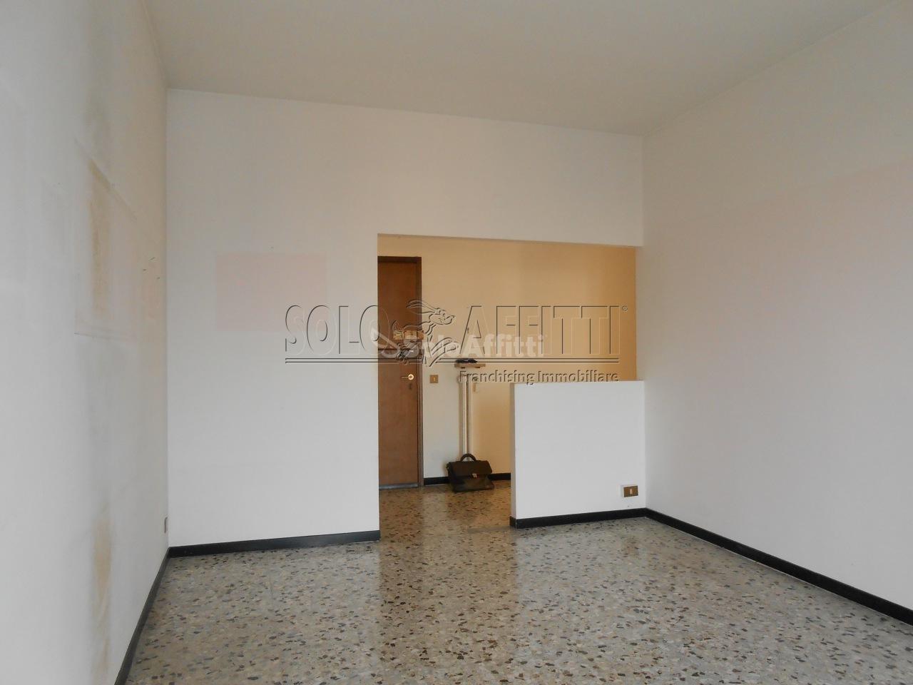 Ufficio Casa Pavia : Immobili in affitto pavia case uffici e negozi in affitto
