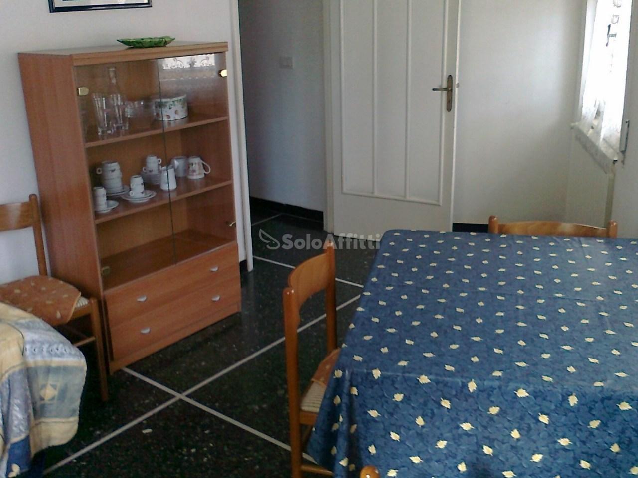 Appartamento in affitto a Finale Ligure, 4 locali, prezzo € 600   PortaleAgenzieImmobiliari.it