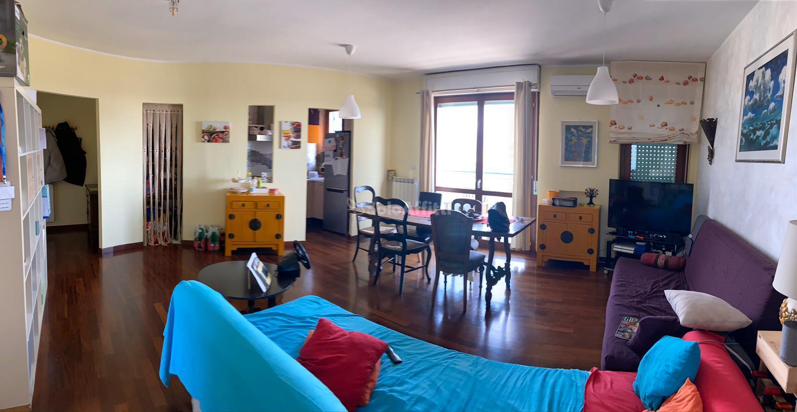 Appartamento Trilocale Arredato 104 mq.