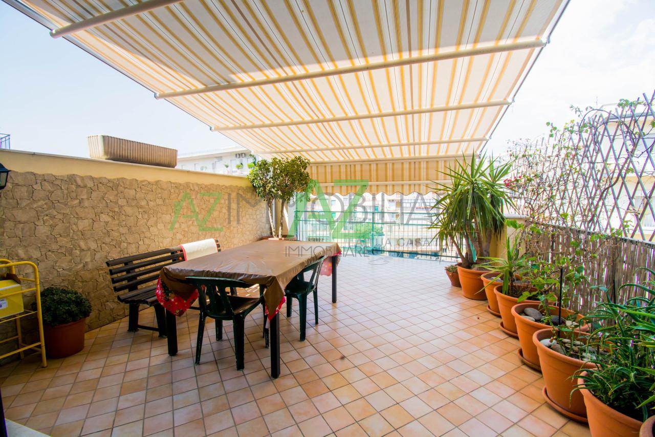 Appartamento - con Terrazzo a Centro, Acireale