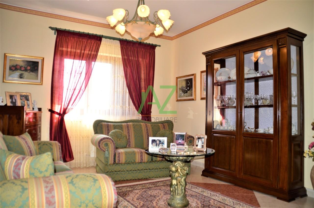 Appartamento ristrutturato in vendita Rif. 10825671