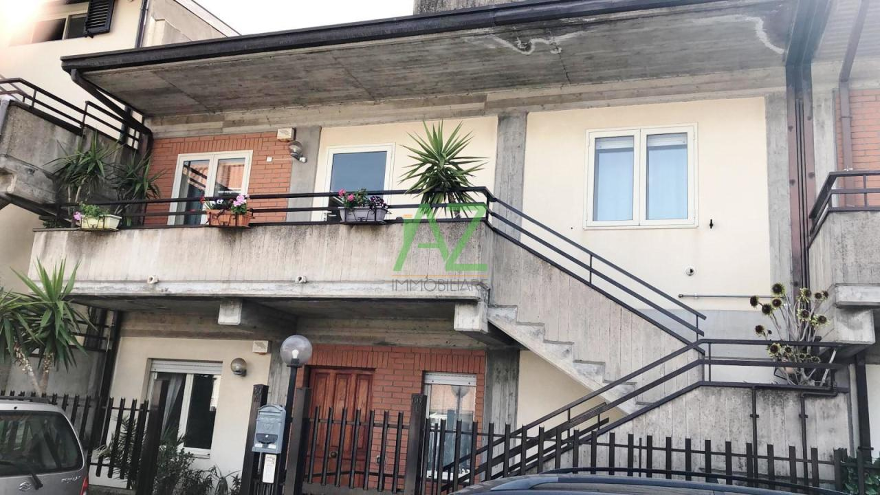 Appartamento in vendita a San Pietro Clarenza, 4 locali, prezzo € 135.000 | PortaleAgenzieImmobiliari.it