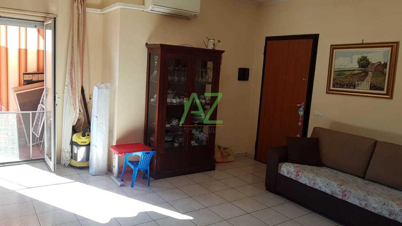 Appartamento in buone condizioni in vendita Rif. 8859041