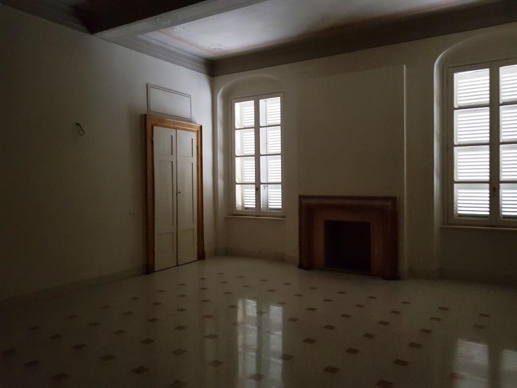 Appartamento ristrutturato in vendita Rif. 5507621